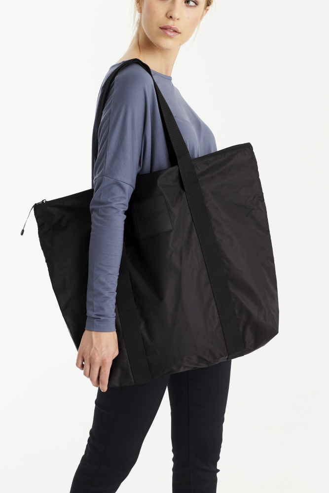Black Women's Shopper Bag | Ilse Jacobsen Hornbæk | Vesker